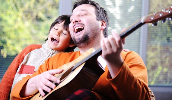 Поем песни с ребенком