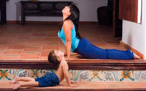 Упражненее Зеркало вместе с ребенком